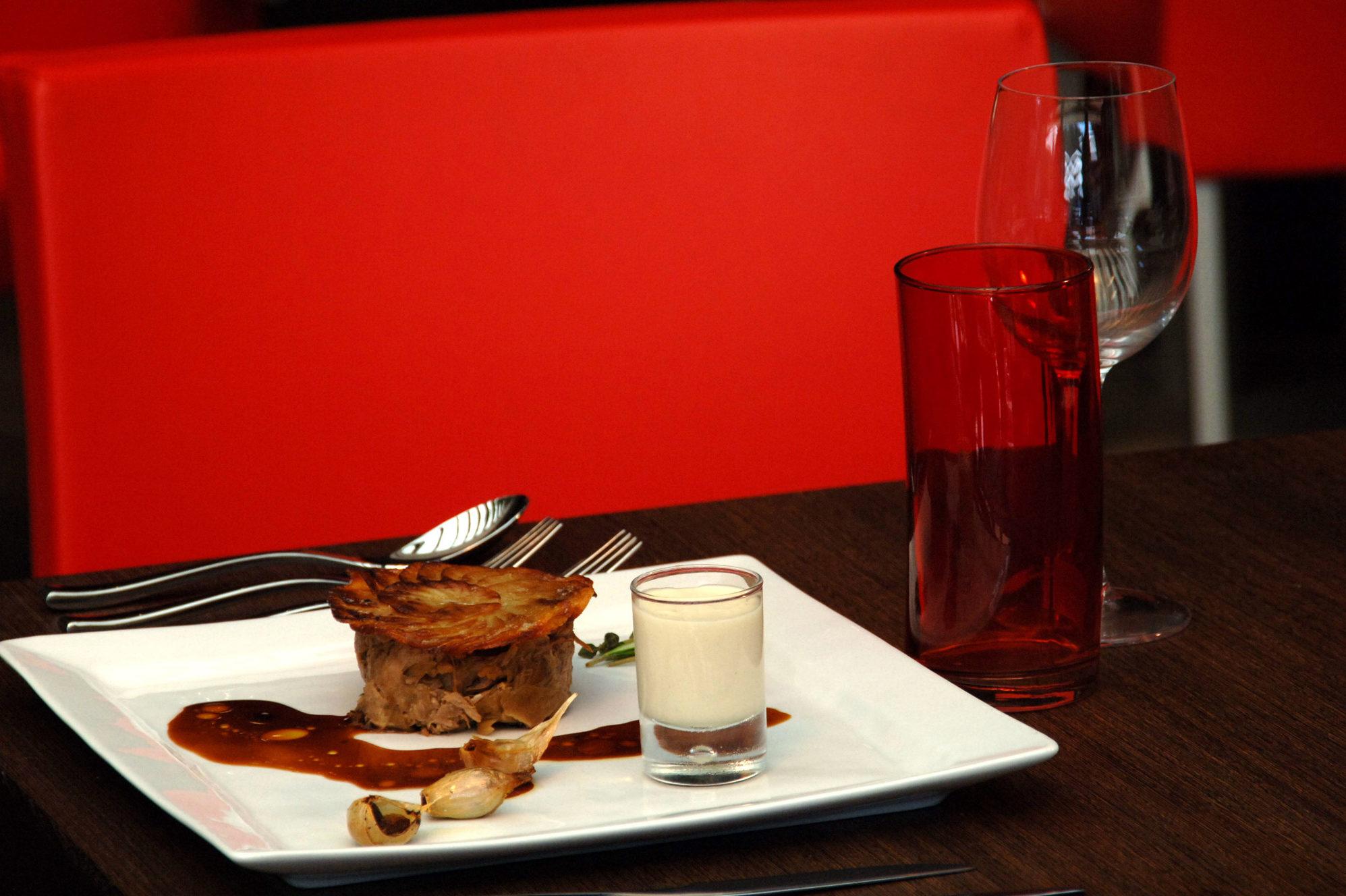 Le Dz  Restaurant - Lounge Bar